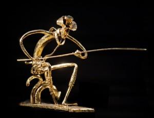 Рельсовая сталь, золото 999.9, 37 см. ПРОДАНО.